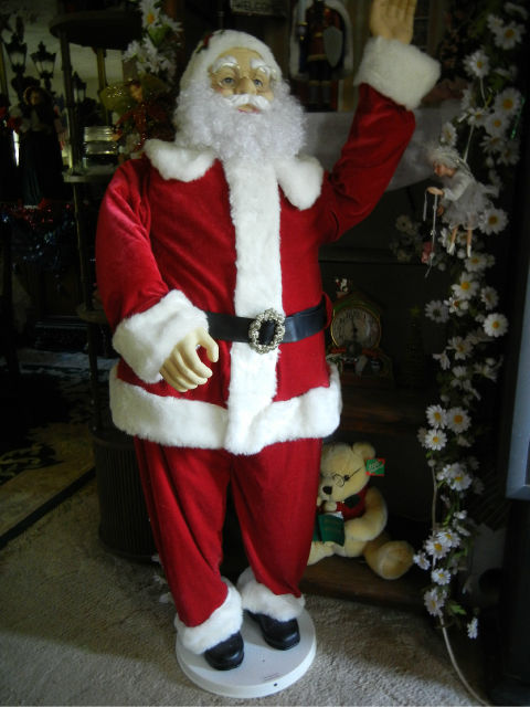 Animated life size deluxe foot santa claus sings