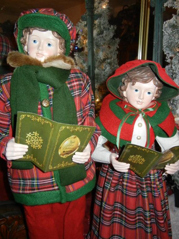 Huge Christmas Caroler Set Display Figures Non Animated Ebay