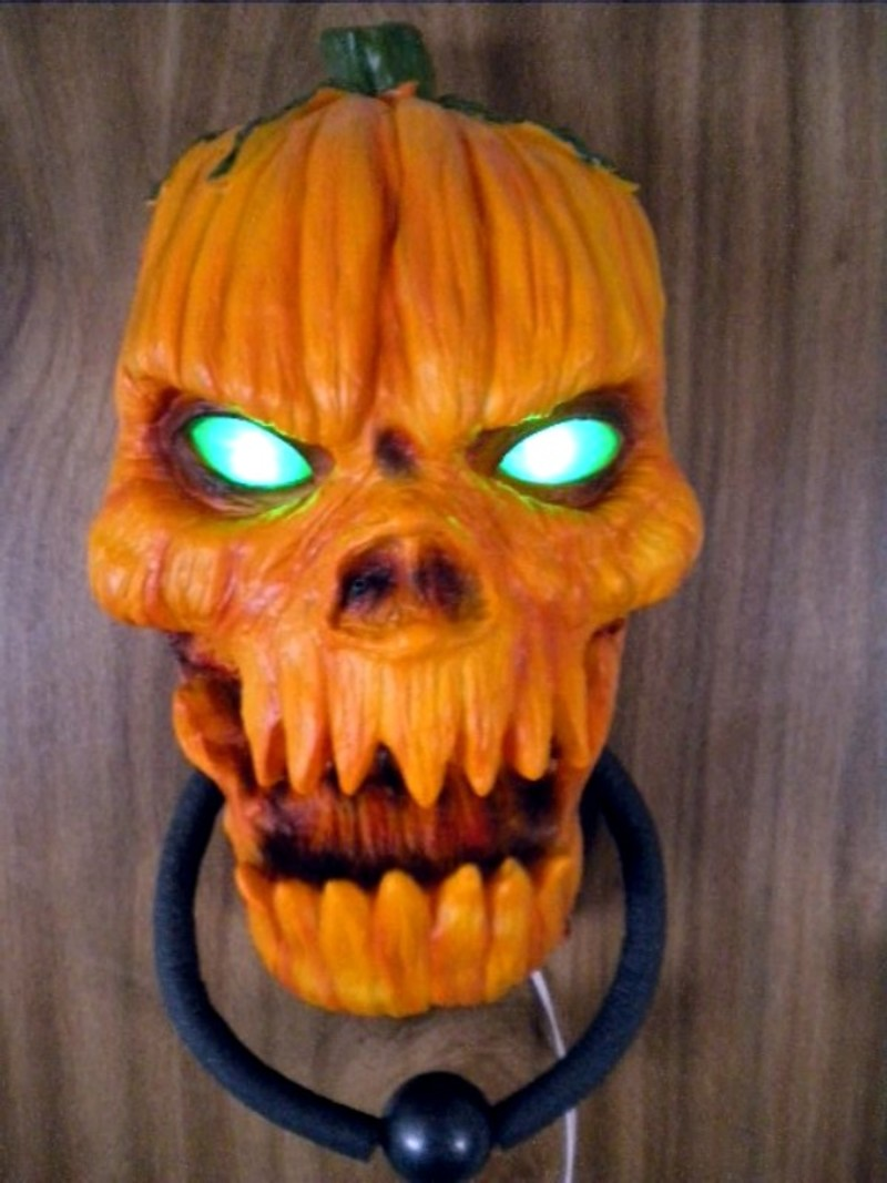 ANIMATED TALKING DEMONIC EVIL PUMPKIN DOOR KNOCKER  ~ 035658_Halloween Animated Door