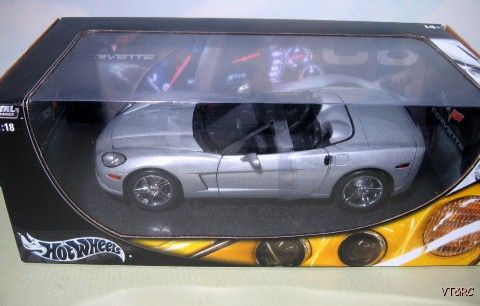 Corvette Stingray Auction on 2005 Corvette Stingray C6   1 18 Diecast   Mib