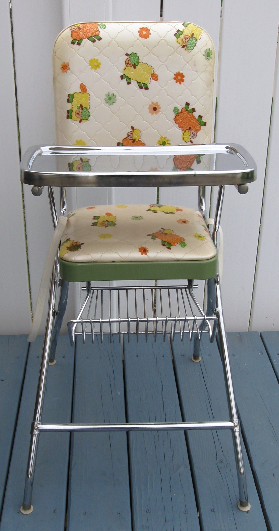 Chicco polly se high chair perseo modern high chairs and booster - Vintage Comfort Line Metal Vinyl High Chair