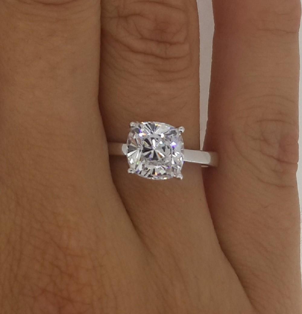 00 ct cushion cut vs diamond solitaire engagement ring 14k white gold