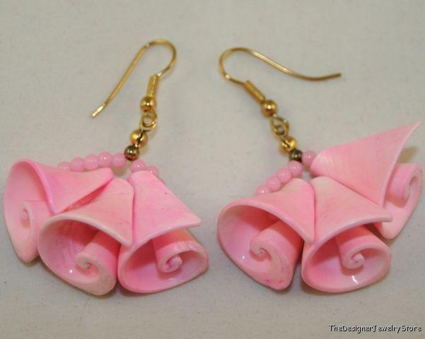 Vintage Costume Jewelry cut sea shel pink earrings je16