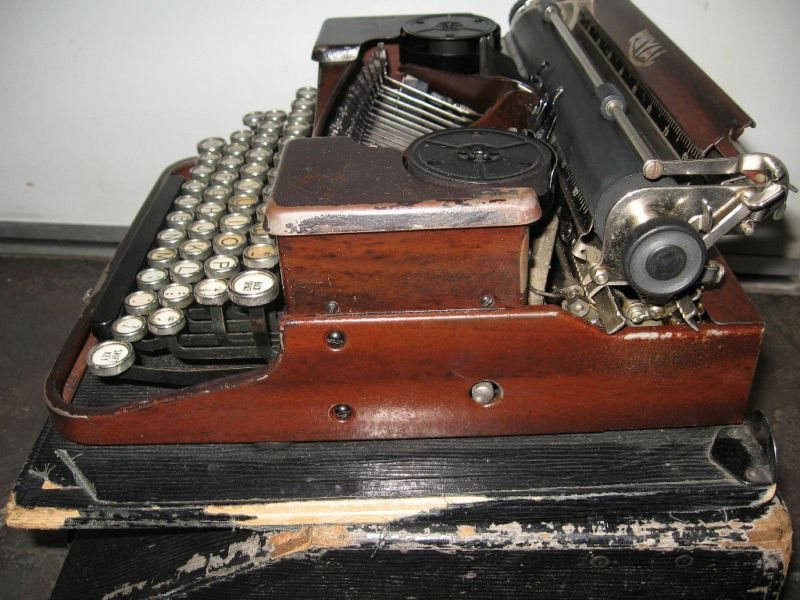 1920's Royal Portable Typewriter
