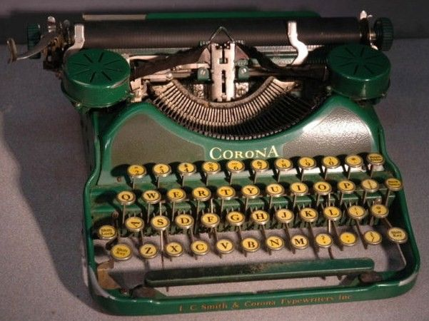 1920s Green Corona Portable Typewriter 1