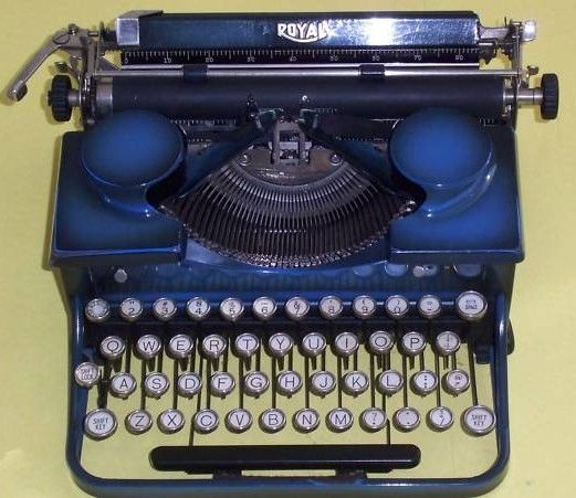 1930s Royal Portable Typewriter in Blue