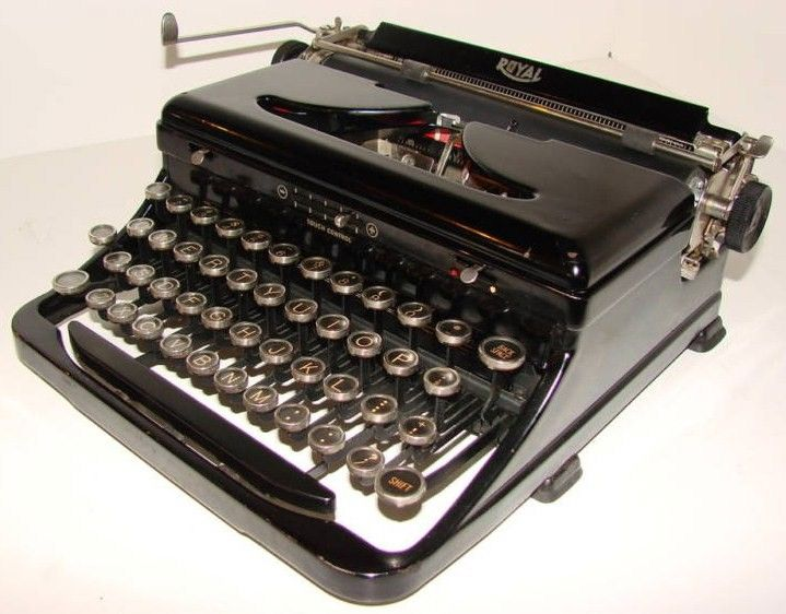 1926 Royal Standard Vintage Typewriter