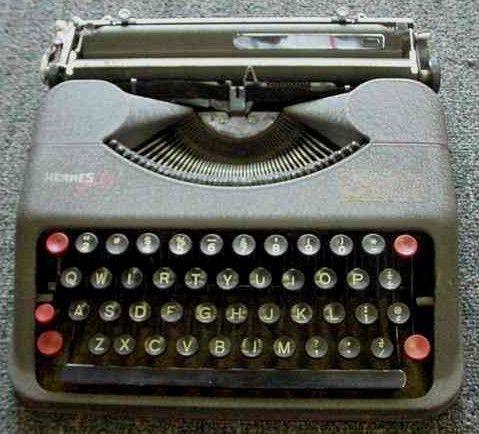 1940s Hermes Baby Jubilee Portable Typewriter
