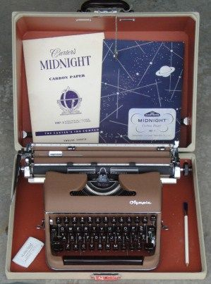 Olympia SM-3 Brown Typewriter w/Extra Wide Carriage