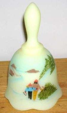 Fenton Burmese Classic Christmas Bell 1992