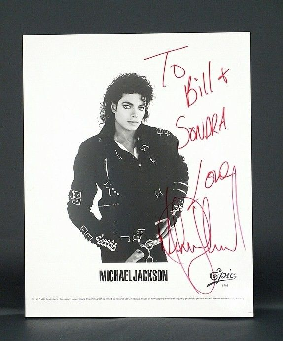 Authentic signed Michael Jackson autographed picture