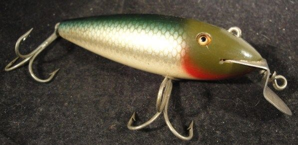 Antique Creek Chub Wooden Fishing Lure Glass Eyes Solid Body 9/07/20