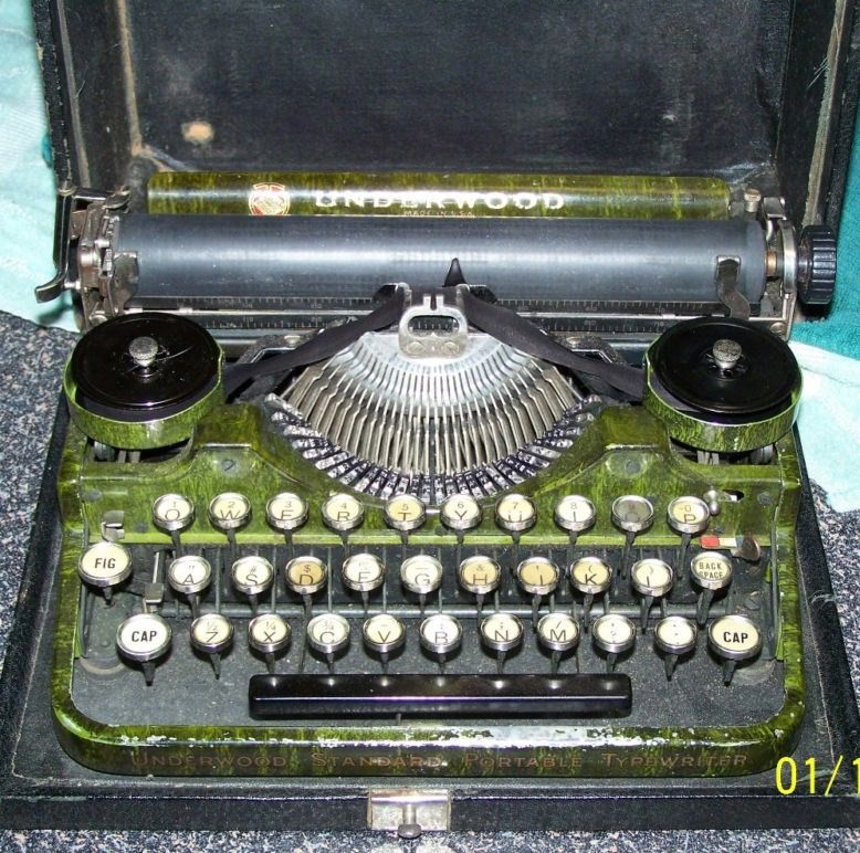 Antique Vintage Underwood Green Portable Typewriter