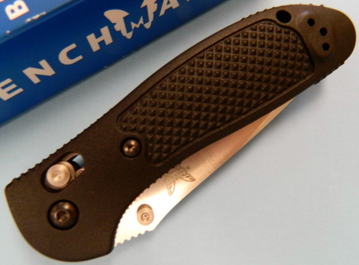 Benchmade 551 Griptilian Axis Lock Knife/Closed View Clip Side Down