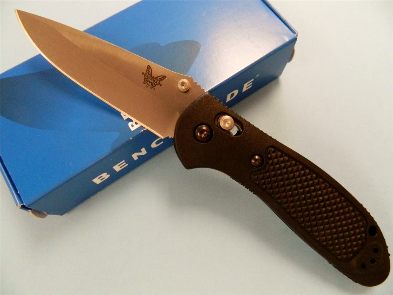 Benchmade 551 MDP Griptilian Axis Lock Knife/Thumb Stud/Open View