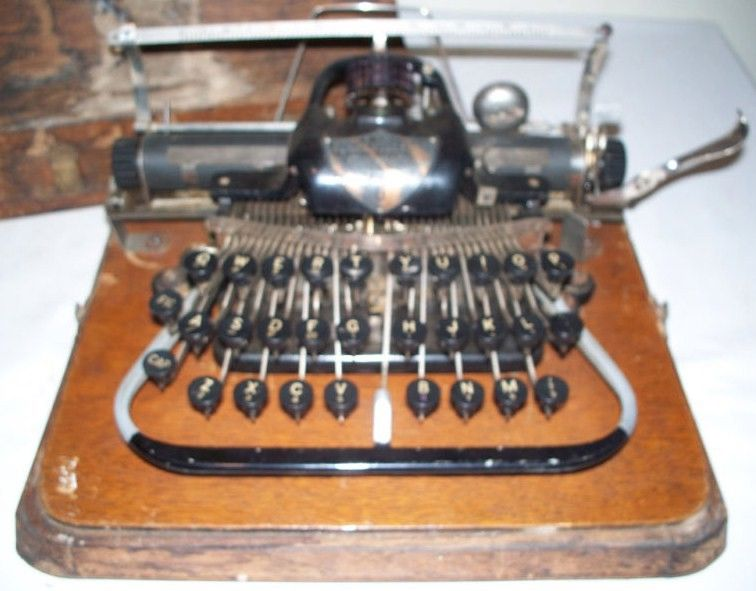 Blickensderfer 7 Typewriter