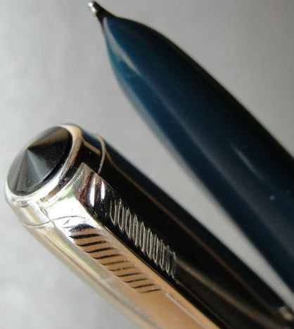 Blue Black Jeweled Parker 51 Aerometric Fountain Pen Octanium B Nib