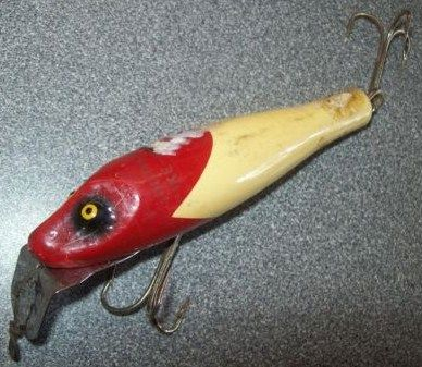 Classic South Bend Pike Oreno Fishing Lure in Red & White