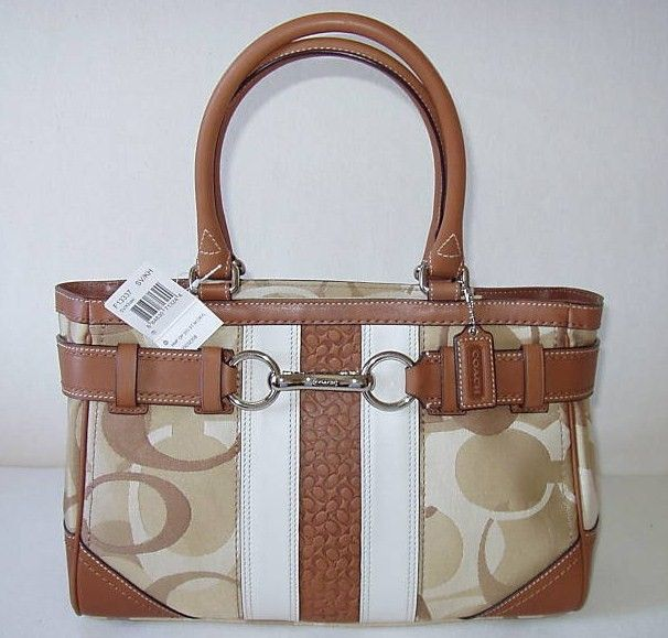 Coach Hamptons optic sig stripe carry all bag