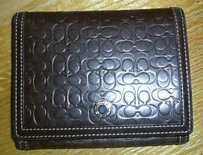 Coach Bi Fold Signature Leather Wallet