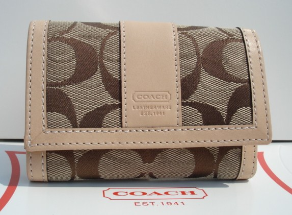 Coach Hamptons Signature Mini Wallet Khaki Vachetta