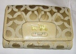Coach Madison OP Art Compact Clutch Wallet