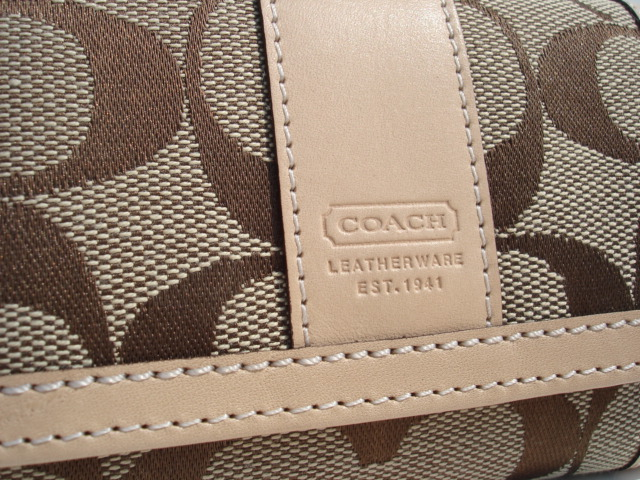 Coach Mii Wallet Leather Embossing and Stitching Close Up