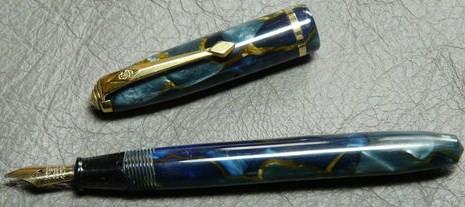 Conway Stewart Dinkie 550 Blue Marble 14K Nib