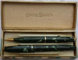 Conway Stewart Dinkie 550 Green Marble Fountain Pen & pencil boxed set