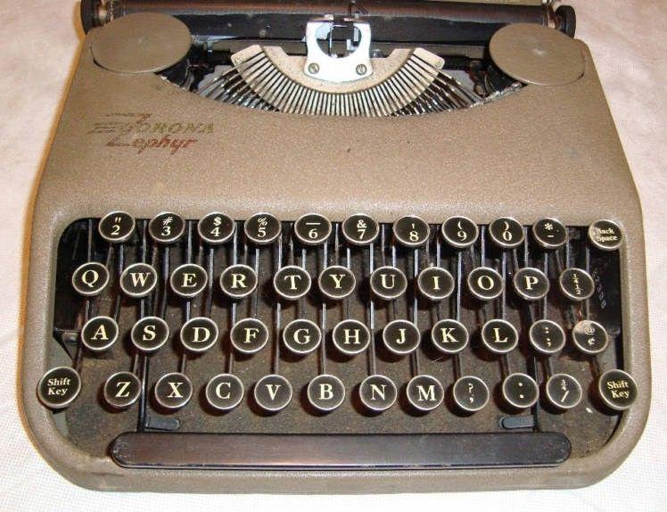 Corona Zephyr Typewriter