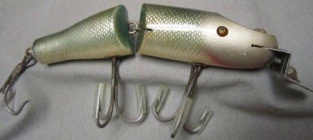 Creek Chub Jointed Striper Pikie Mullet 6802 Glass Eyes