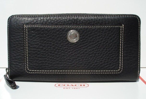 Chelsea Blk Pebble Leather Accordion Wallet Front