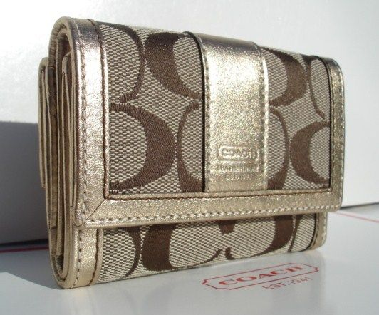 Coach Hamptons Signature Mini Wallet