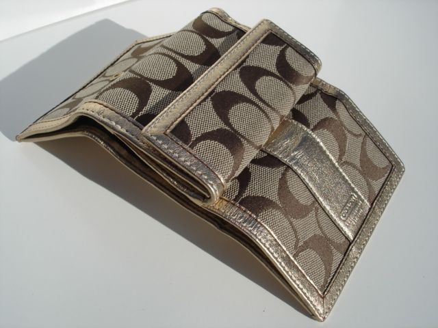 Coach Hamptons Signature Mini Wallet Open
