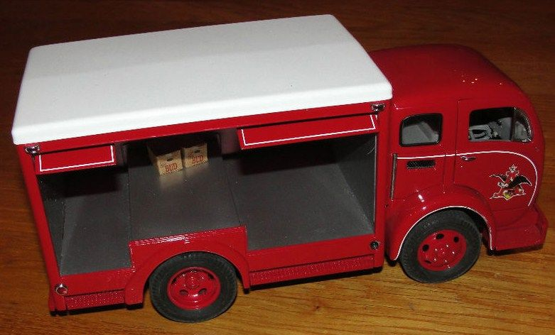 Danbury Mint Diecast 955 Budweiser Delivery Truck side view