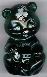 Fenton 2009 Lucky Irish Bear Gift Shop Exclusive Artist Susan Bryant