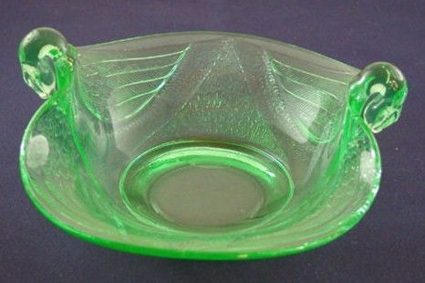 Fenton Depression Glass Swan bowl