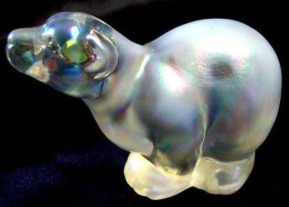 Fenton White Iridescent Polar Bear