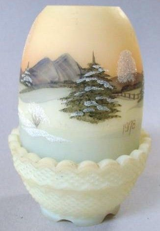 Fenton 1978 Christmas Classics Fairy Lamp