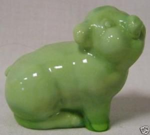 Fenton Chameleon Green Solid Glass Pig