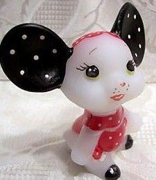 Fenton Designer Series Hand Painted Stylin Seella Mouse