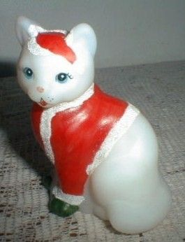 Fenton Hand Painted Christmas Cat Marilyn Wagner