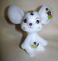 Fenton Mouse Figurine 1980's