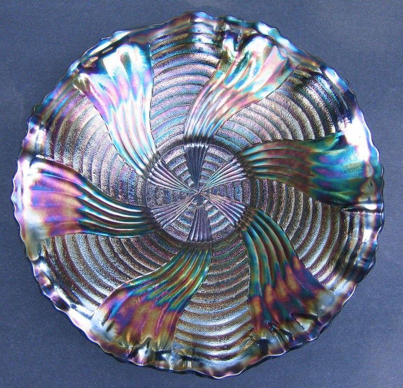Fenton Ribbon Tie Plate