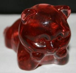 Fenton Red Lying Bear