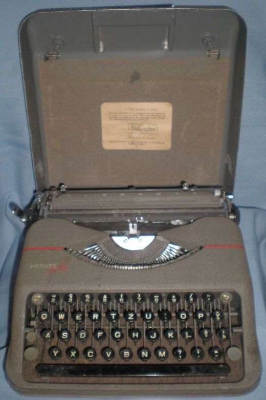 Hermes Baby Swiss Portable Typewriter