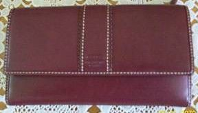 COACH Hamptons Leather Checkbook Wallet Berry Color