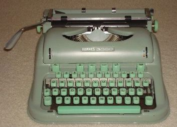 Hermes 3000 Portable Manual Typewriter