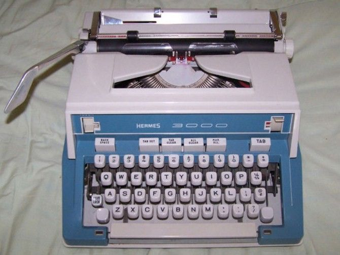 Hermes 3000 Manual Portable Typewriter