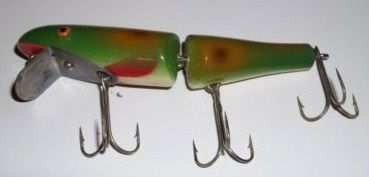 Isle Royale Wooden 5555-J Jointed Pike chub in Frog Color